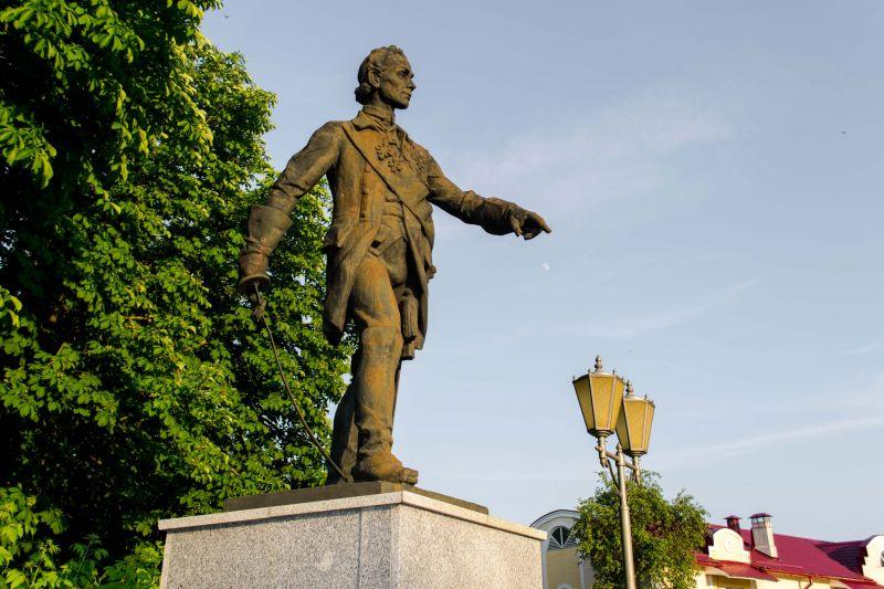 Памятник Суворову в Кобрине. Автор фото: Виктор Логвинович